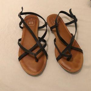 Gap black sandals size 9